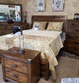 Crownmark Curtis Bedroom Set - Queen Size