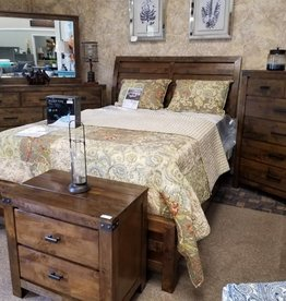 Crownmark Curtis Bedroom Set - King Size