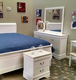 Crownmark Louis Philipe Sleigh Queen Bed White
