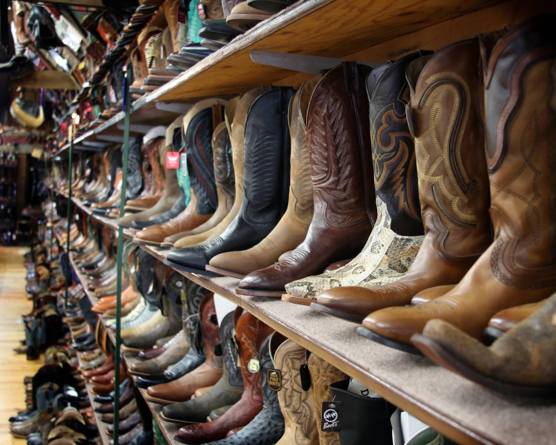 3rd Image Boot Shelves