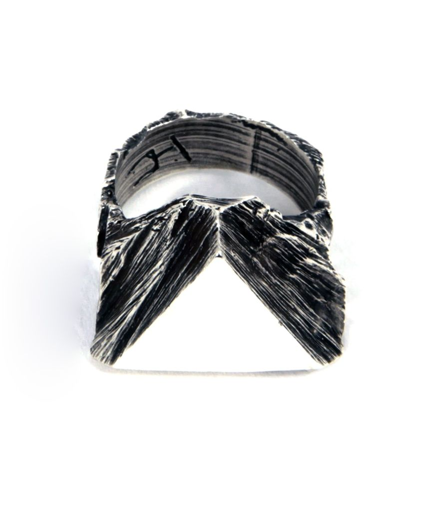 TRIANGLE SEAL RING