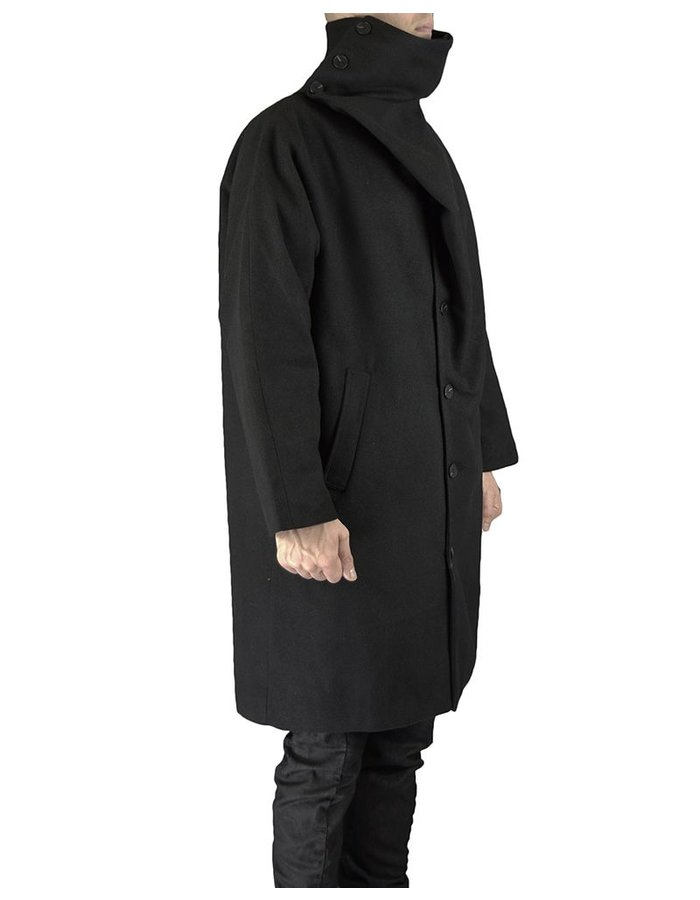 UNPLUGGED MUSEUM TURTLE NECK WRAP COAT
