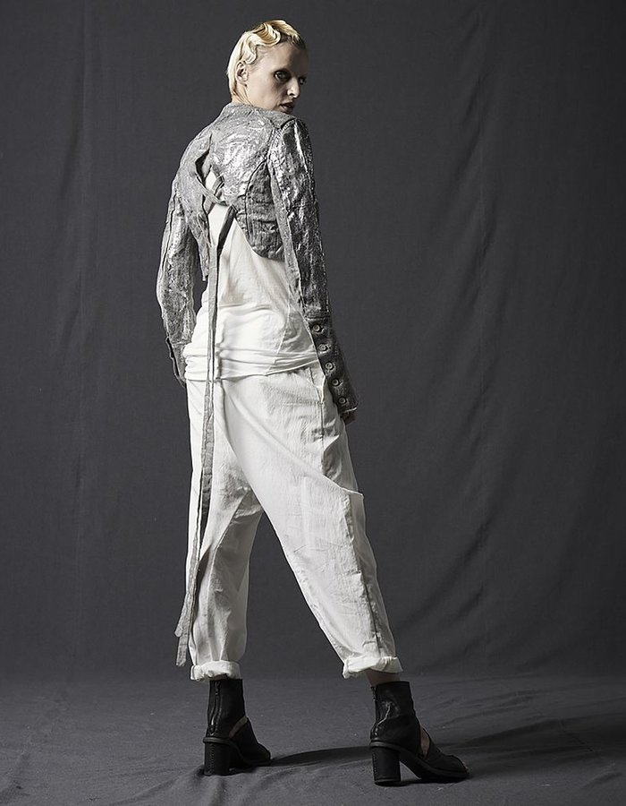 MASNADA CROPPED SILVER PLATE JACKET