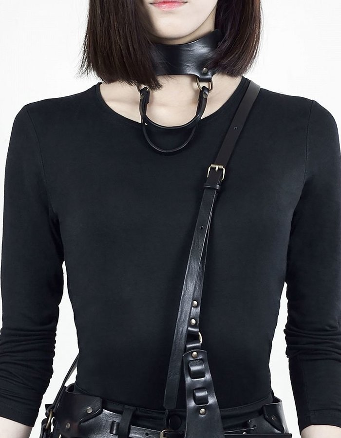TEO + NG AKIO LEATHER CHOKER / ANTIQUE SILVER