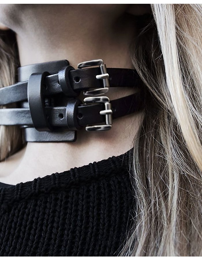TEO + NG SMOTICE LEATHER CHOKER / ANTIQUE SILVER