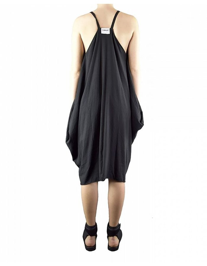 LOST AND FOUND ROOMS SQUARE DRESS : BLK