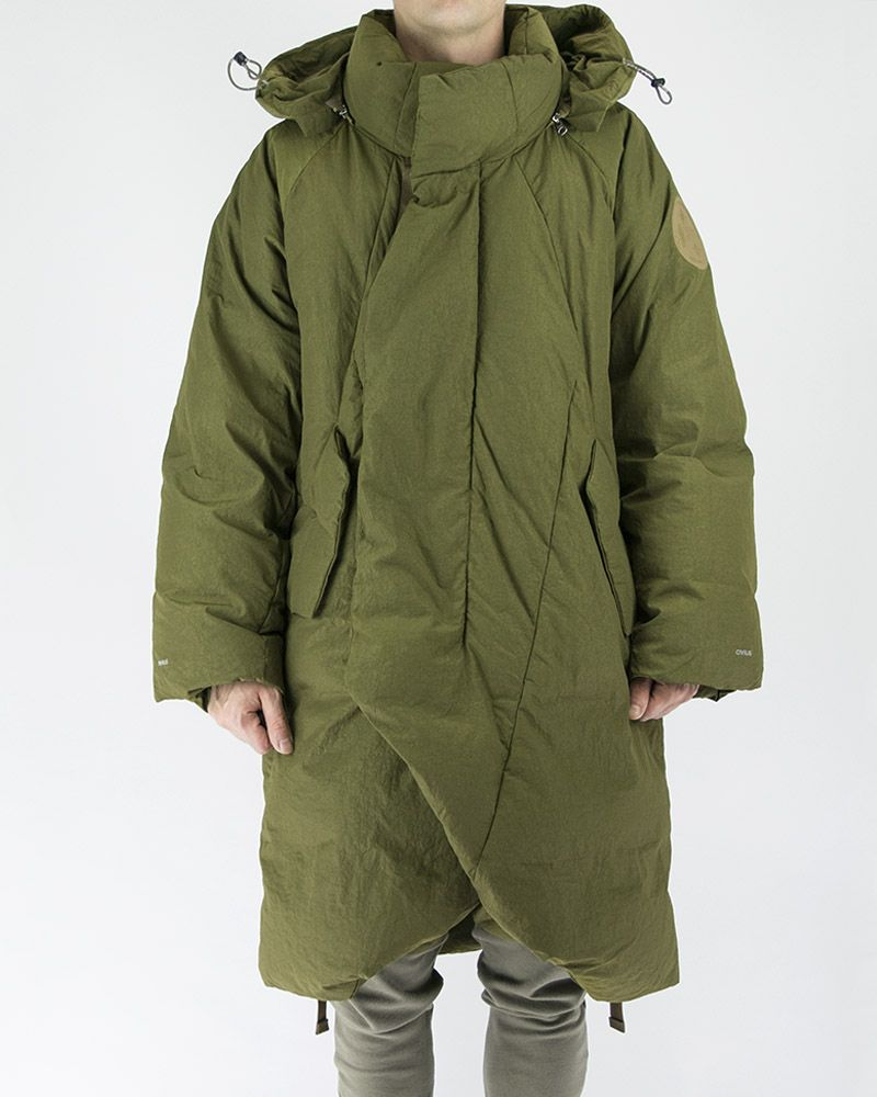 OVERSIZED QUILTED COAT WITH DETACHABLE HOOD IN OLIVE