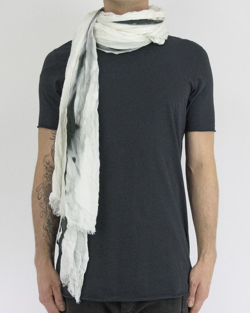 VERTICAL BARBED WIRE SCARF