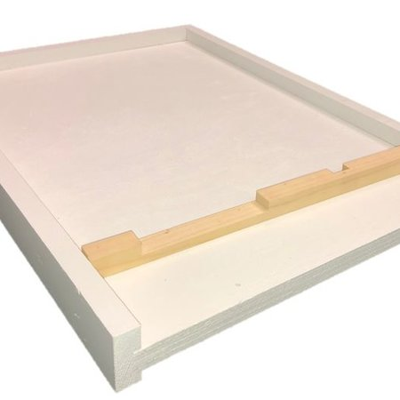 8 Frame White Bottom Board w/Entrance Reducer