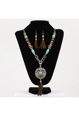 Blazin Roxx Connecting Chain Links & Turquoise Beads  Medallion Style Pendant Jewelry Set