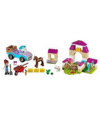 LEGO Juniors Mia's Farm Suitcase - 10746