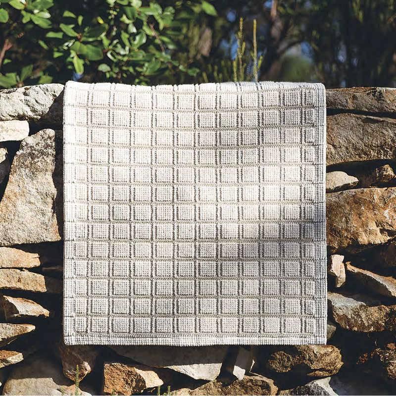 Linen Square Bath Rug 20x31