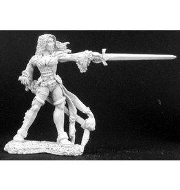 Reaper Mini Legends: Lonnia, Female Duelist